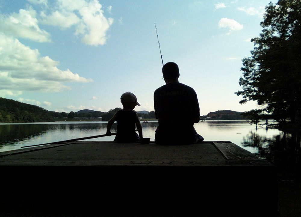 Father_Fishing_with_Child_Kid